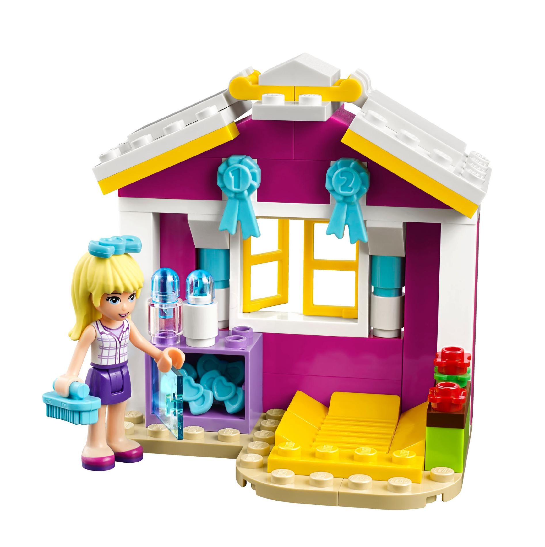 Build a world of fun with LEGO® Friends! Stephanie, Mia, Olivia, Andrea and Emma are the best of friends. Join them on their adventures from the trendy town of Heartlake to the ski slopes.