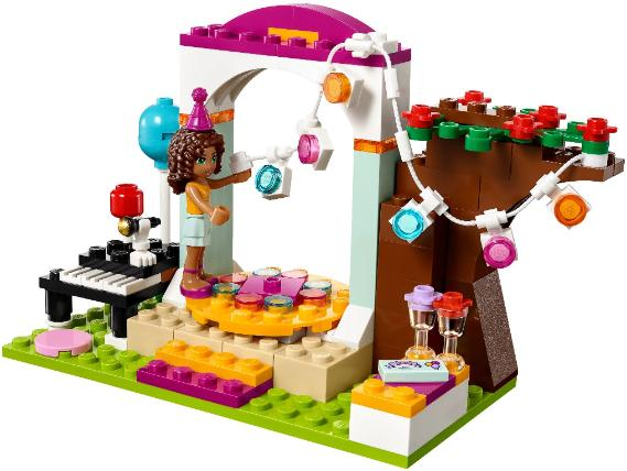 LEGO Friends Birthday Party - 41110 - decorating