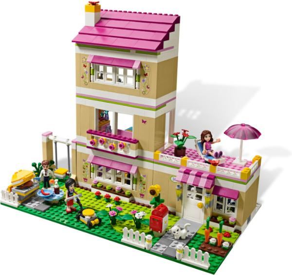 Friends Bricks   First Friends sets released January 2012